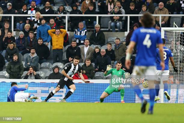 Ayoze Perez of Leicester City scores his sides first goal during the Premier League match between Newcastle United and Leicester City at St. James...