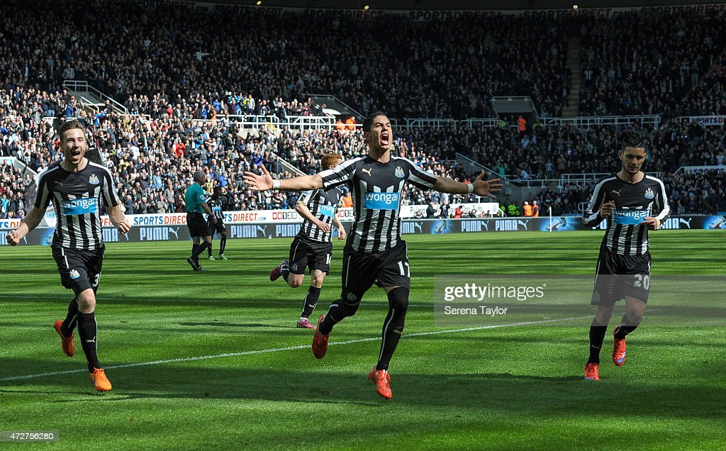 Ayoze Perez (C) of Newcastle celebrates after scoring the equalising goal during the Barlcays Premier League match between Newcastle United and West Bromwich Albion at St. James' Park on May 9, 2015, in Newcastle upon Tyne, England, United Kingdom.