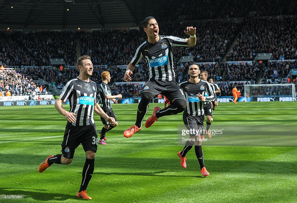 Ayoze Perez (C) of Newcastle celebrates by jumping in the air after scoring the equalising goal during the Barlcays Premier League match between Newcastle United and West Bromwich Albion at St. James' Park on May 9, 2015, in Newcastle upon Tyne, England, United Kingdom.
