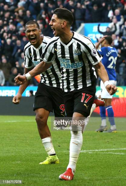 Ayoze Perez of Newcastle United celebrates after scoring his team's third goal during the Premier League match between Newcastle United and Everton...