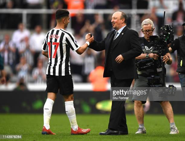Ayoze Perez of Newcastle United is congratulated by Rafael Benitez Manager of Newcastle United following the Premier League match between Newcastle...