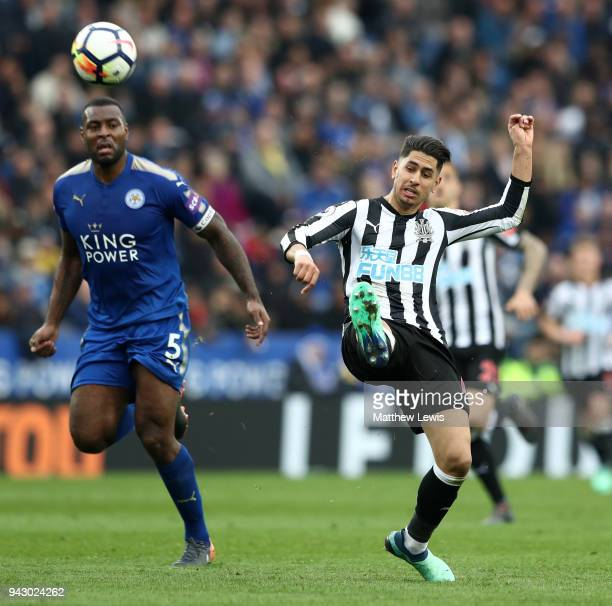Ayoze Perez of Newcastle United scores his side's second goal during the Premier League match between Leicester City and Newcastle United at The King...