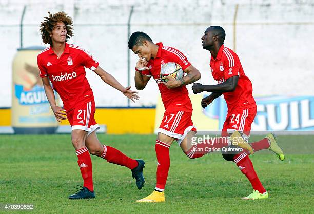 Ayron del Valle of América de Cali celebrates after scoring the third goal of his team during a match between Depor FC and America de Cali as part of...