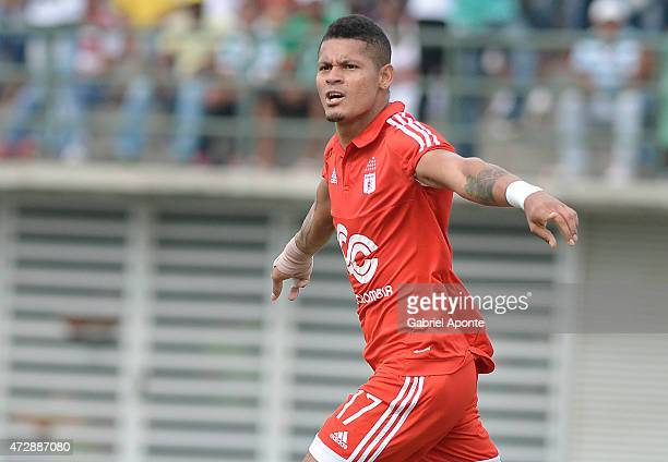 Ayron del Valle player of America de Cali celebrates after scoring the second goal of his team during a match between Leones and America de Cali as...