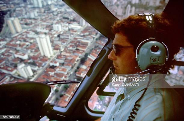 Ayrton Senna en hélicoptère au dessus de Sao Paolo le 15 février 1994 Brésil