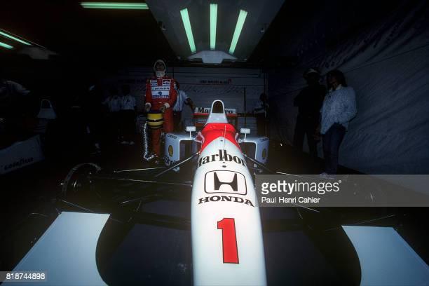 Ayrton Senna, McLaren-Honda MP4/7A, Grand Prix of Portugal, Estoril, 27 September 1992.