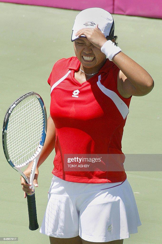 Ayu Fani Damayanti of Indonesia reacts w : News Photo