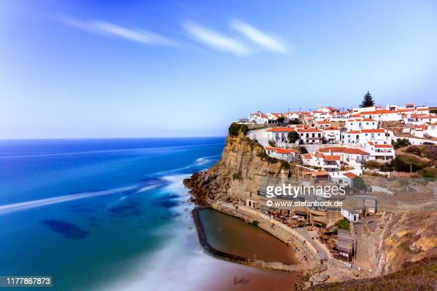 azenhas do mar in colares - reise stock pictures, royalty-free photos & images
