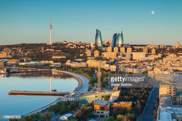 azerbaijan, baku, high angle city skyline - azerbaigian foto e immagini stock