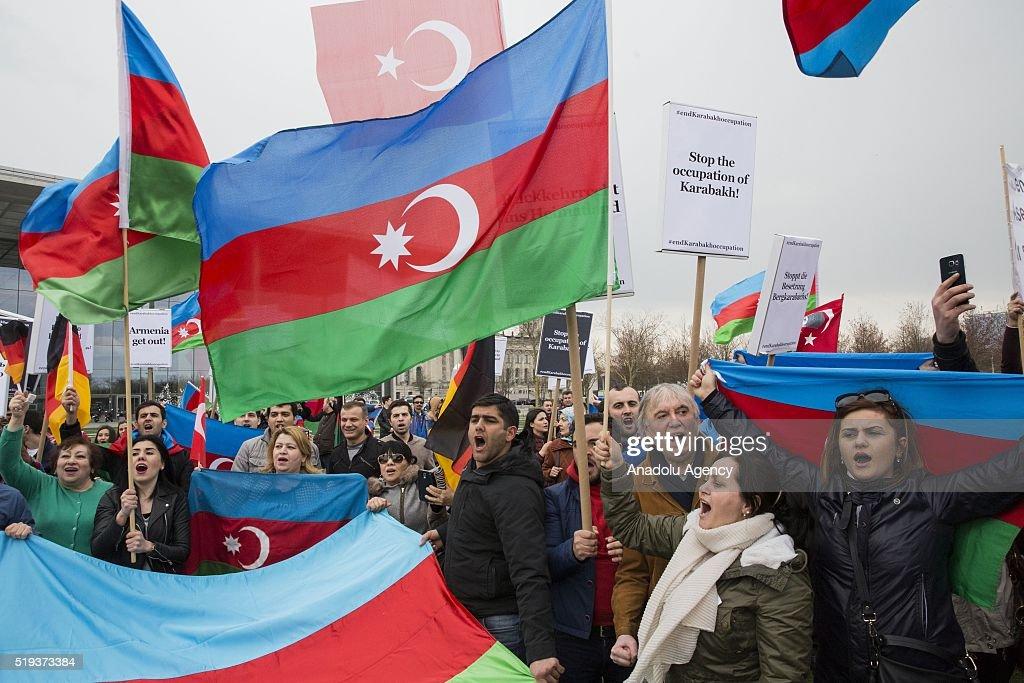 Azerbaijanis protest Armenian President Sargsyan in Berlin : News Photo