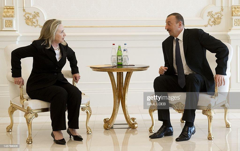 Azeri President Ilham Aliyev (R) And US Secretary Of State Hillary Clinton  Talk At