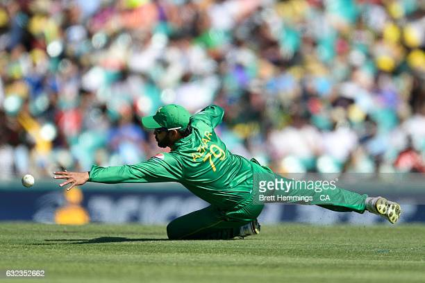 Azhar Ali of Pakistan dives to field the ball during game four of the One Day International series between Australia and Pakistan at Sydney Cricket...