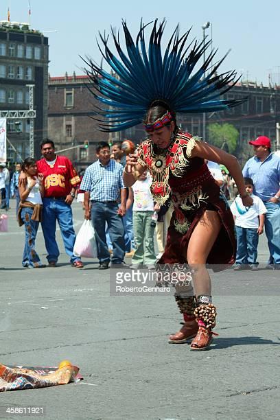 asteca dançarino - astecas imagens e fotografias de stock