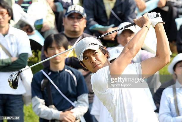 Azuma Yano hits a tee shot on the 1st hole during the first round of the PGA Championship Nissin Cupnoodles Cup 2012 at Karasuyamajo Country Club on...