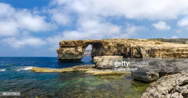 azure window. malta. gozo - dwejra stock-fotos und bilder