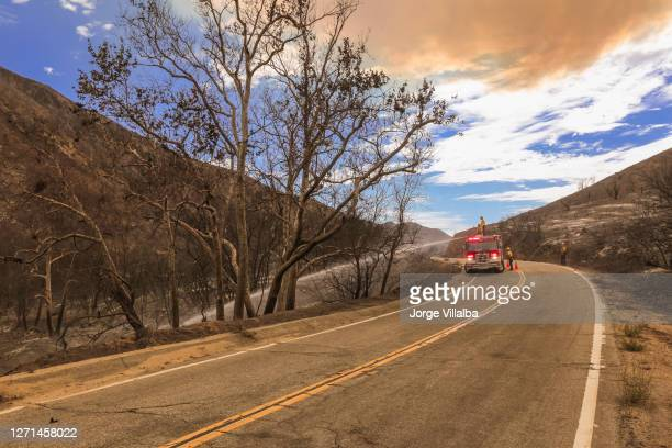 azusa wildfire and smoke seen from the road - forest fire stock pictures, royalty-free photos & images