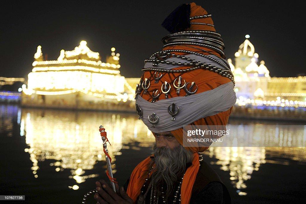 Baba 'Avtar' Singh, a member of the trad : News Photo