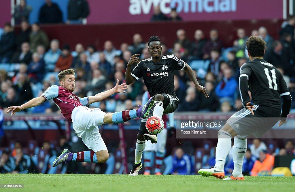 Aston Villa v Chelsea - Premier League : News Photo