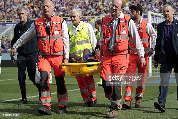 Babacar Khouma of ACF Fiorentina is taken off injured during the Serie A match between ACF Fiorentina and UC Sampdoria at Artemio Franchi on April 3...
