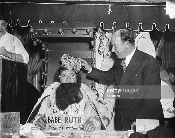 Babe Ruth a Saint and a Sinner New York New York Tony Sarg president of the Saints and Sinners Club crowning Babe Ruth into the Old Man's Baseball...