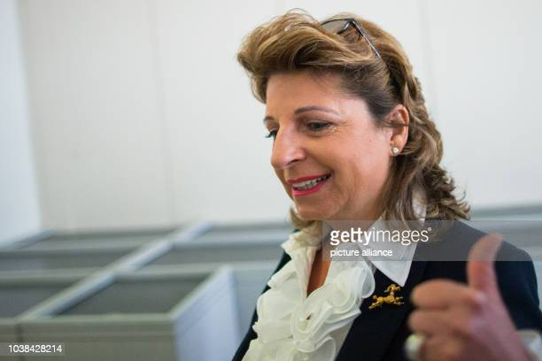 Babette Albrecht who was summoned as a witness and is the widow of Berthold Albrecht arrives at the district court in Essen Germany 19 January 2015...