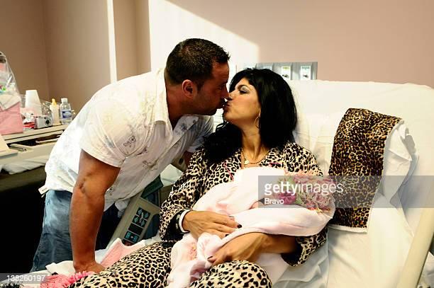 "Babies, Bubbles and Bubbies"" Episode 204 -- Pictured: Joe Giudice, Teresa Giudice, Audriana Giudice"