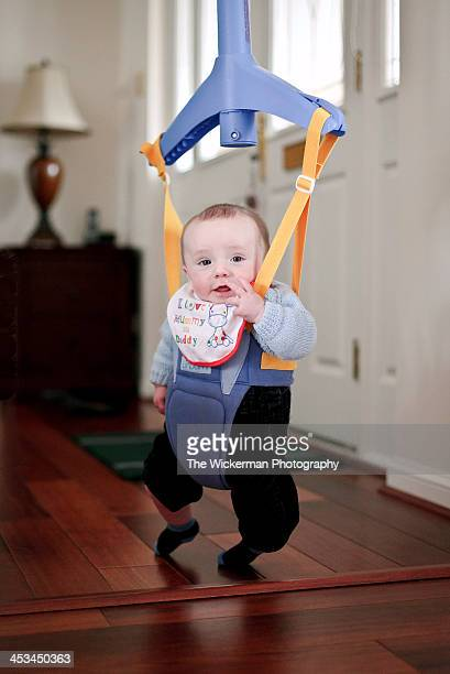 baby bouncer - バウンサー ストックフォトと画像