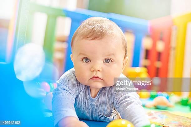 Baby boy でベビーサークルにお望みのカメラ