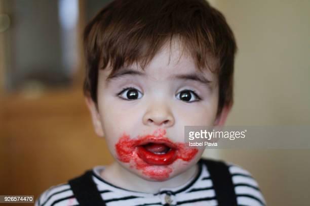 baby boy with dirty face - sugar baby imagens e fotografias de stock