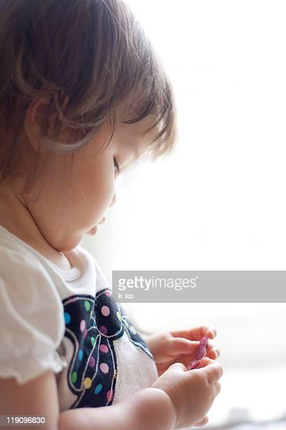 baby cheeks - 1歳以上2歳未満 ストックフォトと画像