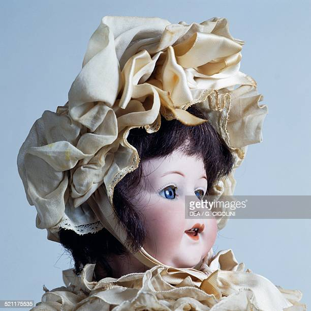 Baby doll No 996 with ruffled hat bisque head doll made by Armand Marseille 1930 Germany 20th century Germany