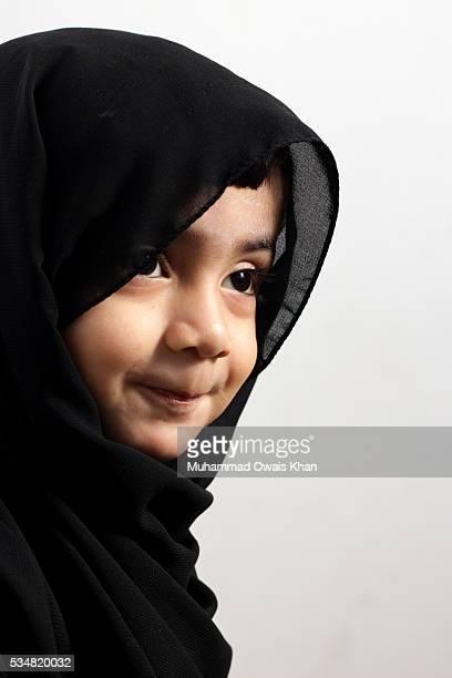baby in hijab - イラン人 ストックフォトと画像