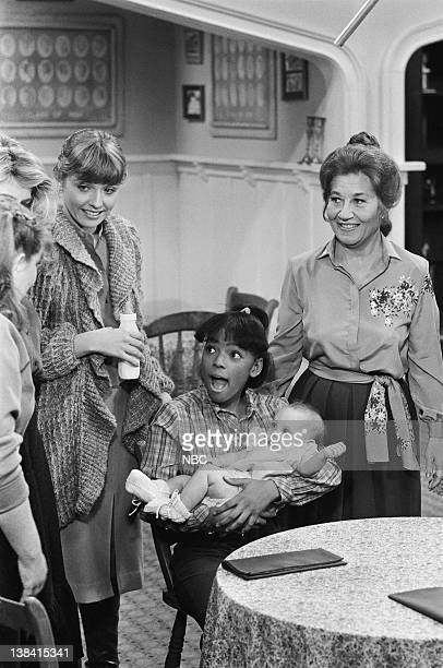 LIFE A Baby in the House Episode 3 Pictured Heather Kerr as Alison Kim Fields as Dorothy 'Tootie' Ramsey Danielle Nathanson/Kristin Nathanson as...