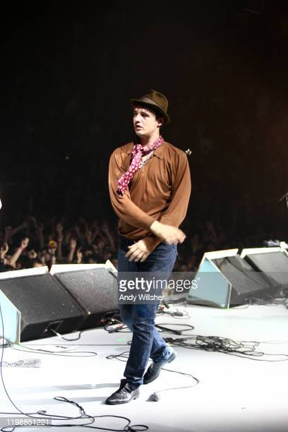 Babyshambles perform vive at the Manchester Evening News Arena in November 2007