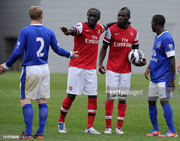 Bacary Sagna and Emmanuel Frimpong of Arsenal chat to Tony Hibbert of Everton during the Barclays Premier U21 match Everton v Arsenal at Everton's...