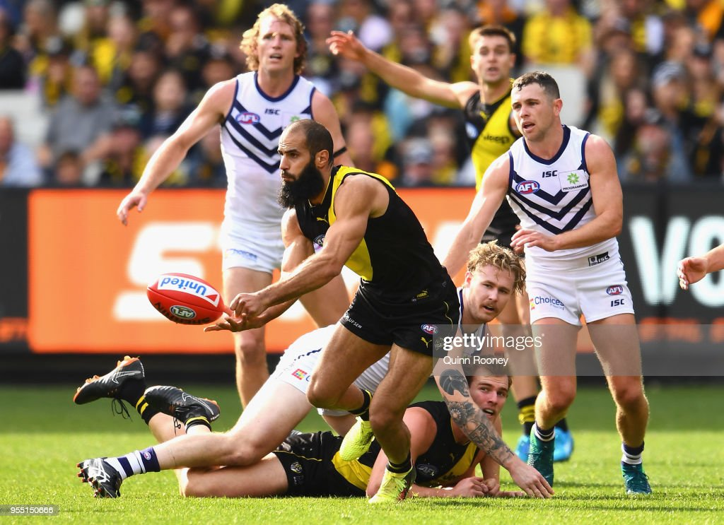 AFL Rd 7 - Richmond v Fremantle : News Photo