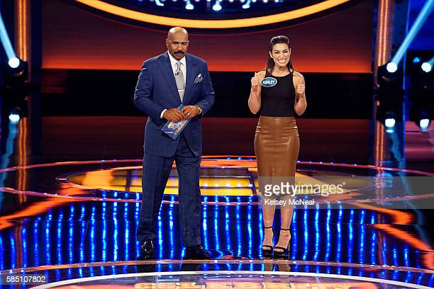 FEUD Bachelors vs Bachelorettes and Indy Car Drivers vs Sports Illustrated Models The celebrity teams competing against each other to win cash for...