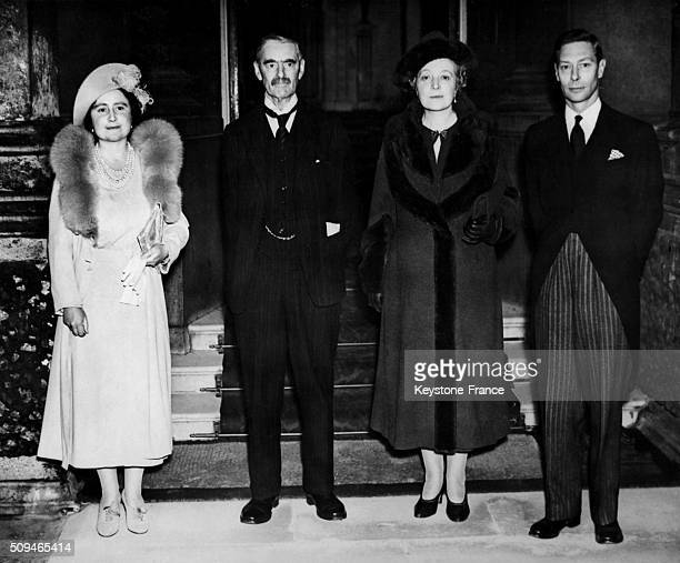 Back From Munich The Prime Minister Neville Chamberlain Is Welcomed At Buckhingham Palace With Wife Anne By King George VI And Queen Elizabeth in...
