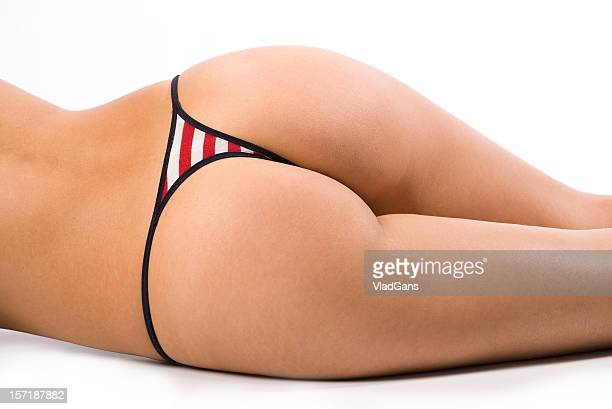 en bikini rouge - fesses culotte photos et images de collection