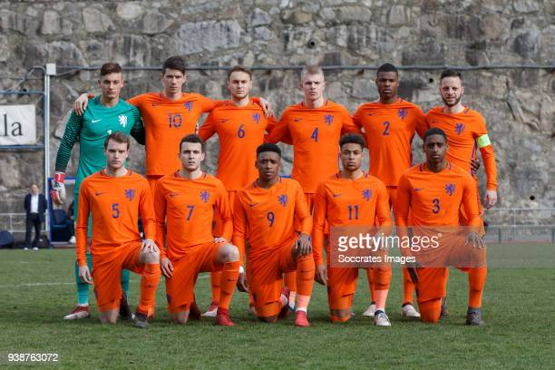 back Justin Bijlow of Holland U21 Pelle van Amersfoort of Holland U21 Teun Koopmeiners of Holland U21 Rick van Drongelen of Holland U21 Denzel...