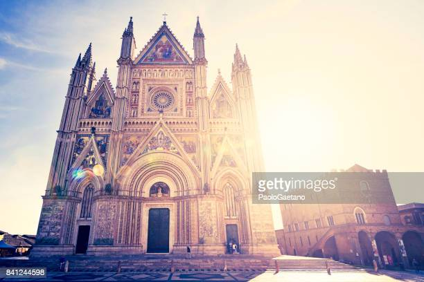 back lit for the cathedral in orvieto - orvieto stock pictures, royalty-free photos & images