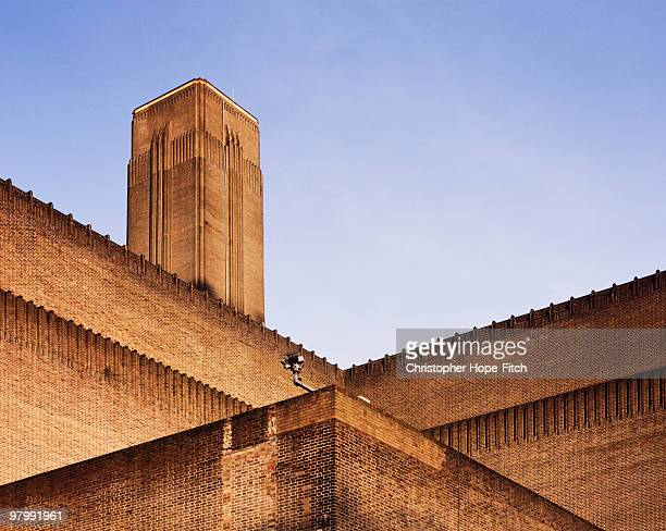 back of tate modern - art gallery stock pictures, royalty-free photos & images