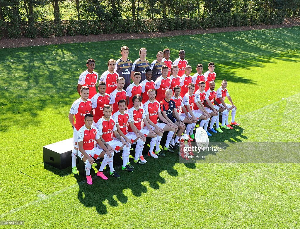 Arsenal 1st Team Squad Photograph : News Photo