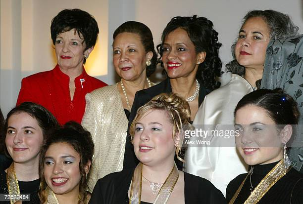 Back row Juliette Award honorees Marilyn Carlson Nelson CEO of Carlson Companies Inc Alma Powell wife of US Secretary of State Colin Powell Judge...