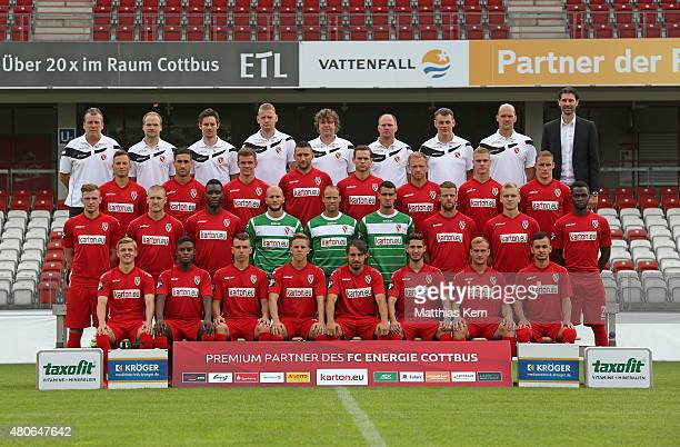 Back row team leader Andre Rohbock, fitness coach Christian Behring, physiotherapist Philip Gerzymisch, physiotherapist Oliver Krautz, head coach...
