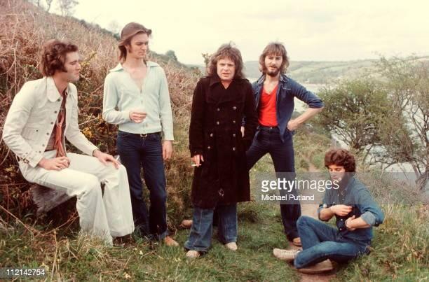 Back Street Crawler, group portrait, Cornwall 1975, Terry Wilson-Slesser , Paul Kossoff .