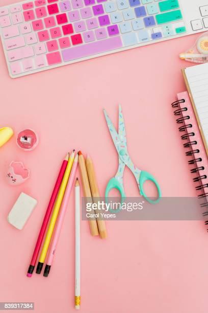back to school desktop in pink
