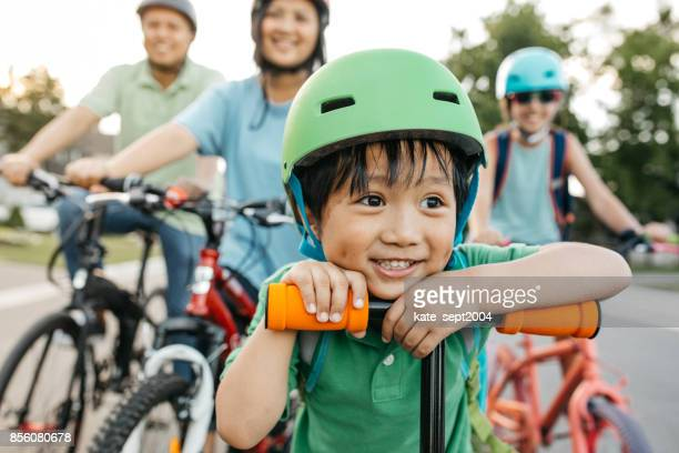 back to school - filipino ethnicity stock pictures, royalty-free photos & images