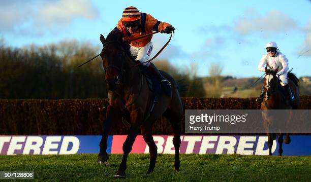 Back To The Thatch ridden by Richard Johnson on their way to winning the Play Roulette At 188Bet Handicap Steeple Chase at Chepstow Racecourse on...