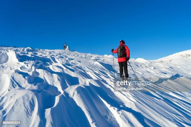 backcountry skiing - verwaltungsbezirk buskerud stock-fotos und bilder